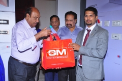 Gifts to Chief guest